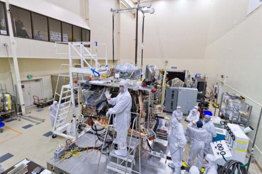 Installing the SARA panel on OSIRIS-REx