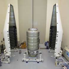 Cygnus installation in Atlas payload fairing