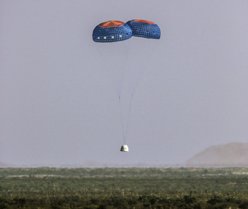Blue Origin reusable booster flight four, capsule landing