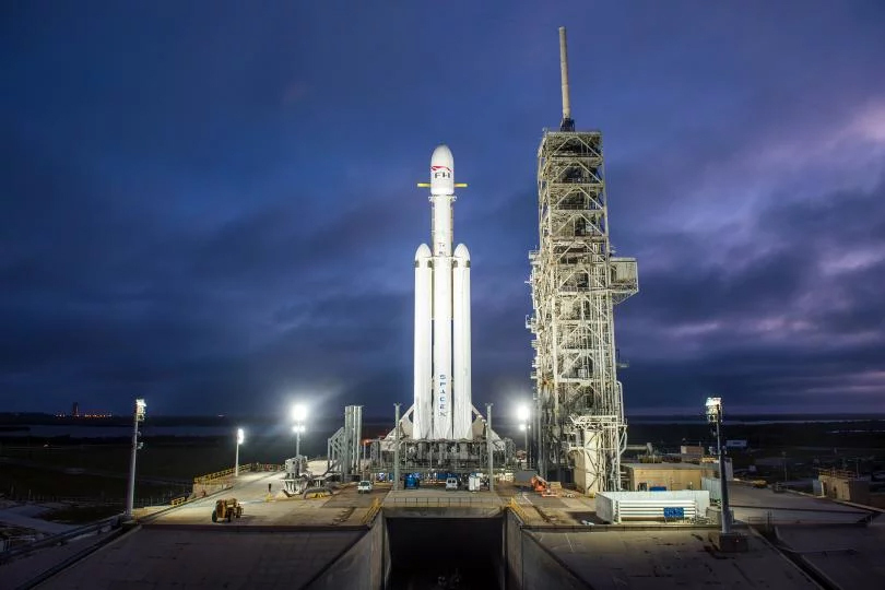 Falcon Heavy on the pad