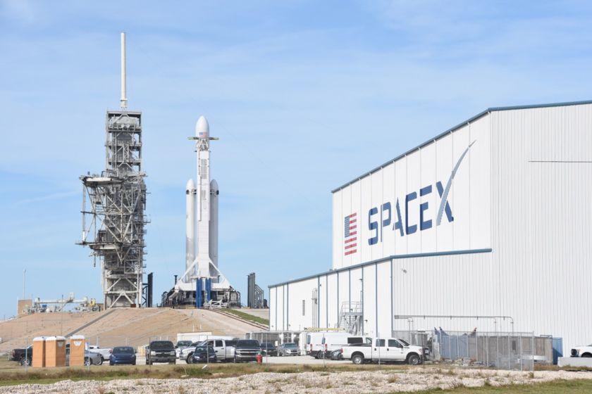 Falcon Heavy on L-1
