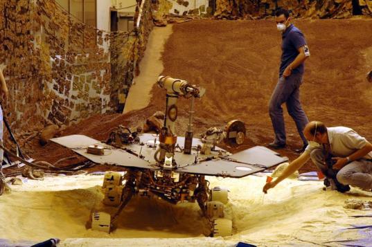 Mars Exploration Rover testing at JPL