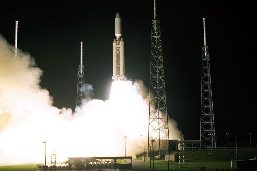 Cassini-Huygens launches to Saturn, October 15, 1997