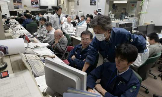Akatsuki Control Room during the orbit insertion process.