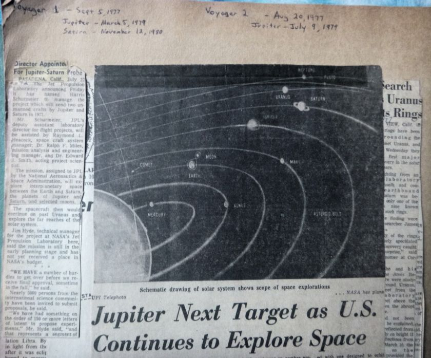 Newspaper coverage of Voyager