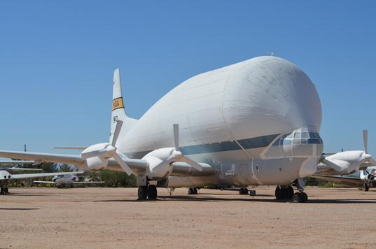 Super Guppy 377-SG, the desert's biggest fish /></t:if><t:else><img src=