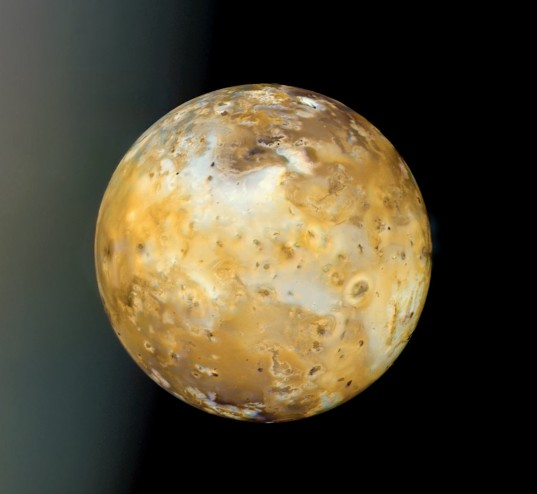 Io and Jupiter from Voyager 1
