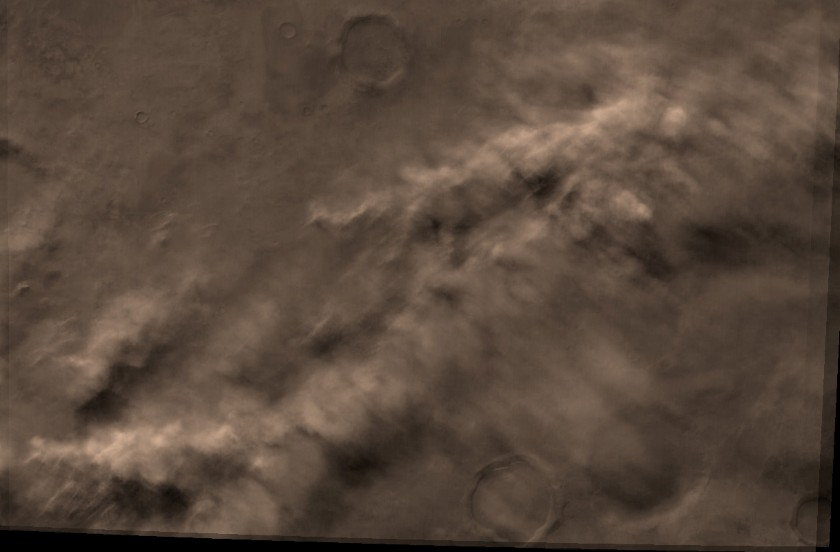 Color view of Martian clouds
