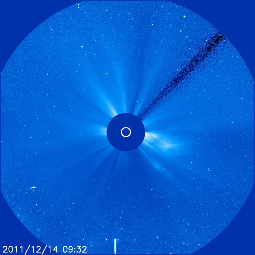 Sungrazing Comet Lovejoy seen in SOHO LASCO C3