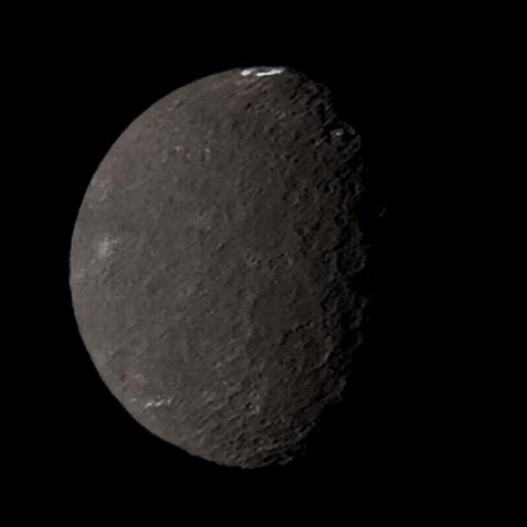 Voyager's best color view of Umbriel