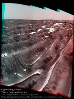 Victoria crater on Opportunity's horizon, sol 800