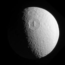 Melanthius and Dolius craters, Tethys