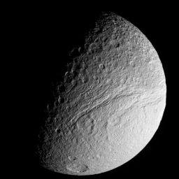 Ithaca Chasma, Tethys