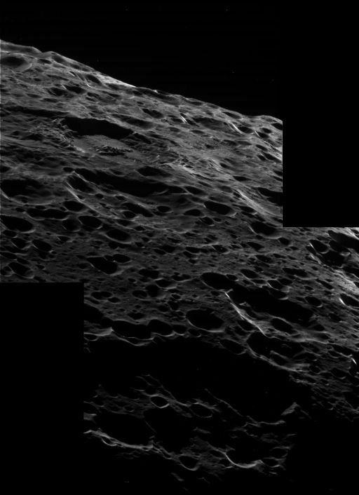 Iapetus' crescent at 80 meters per pixel