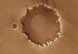 Santa Maria vs Victoria Crater