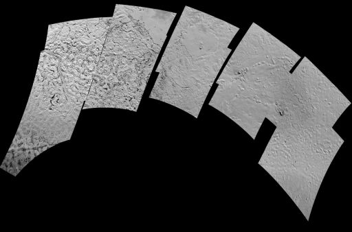Voyager 2's 10 best shots of Triton, mosaicked