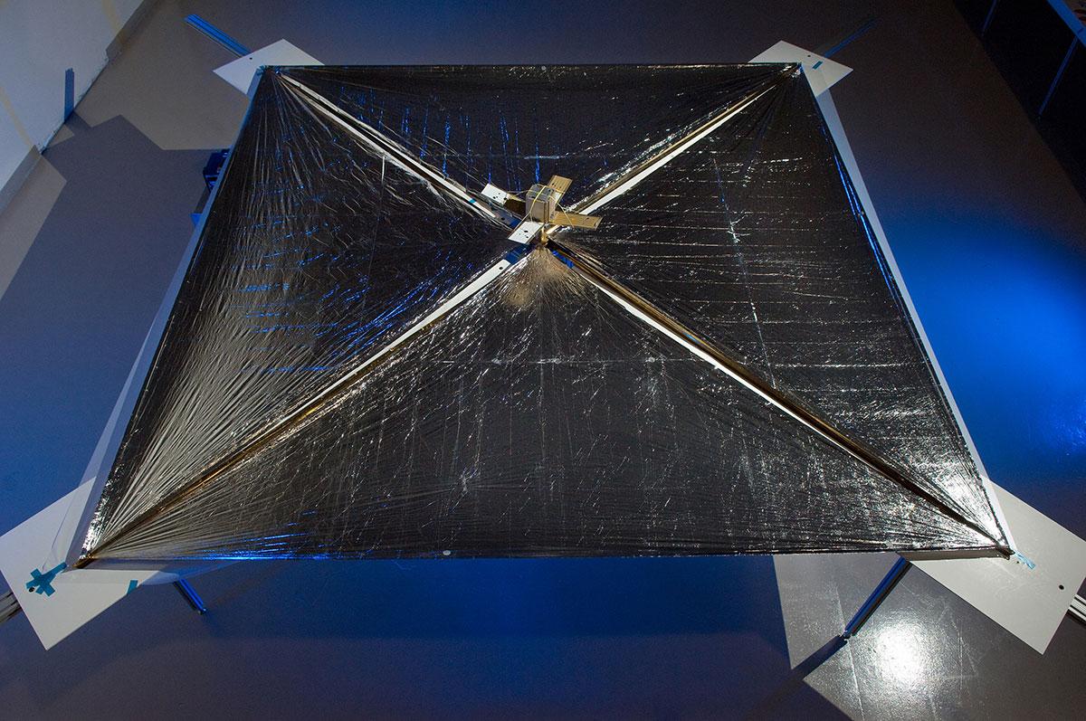 NanoSail-D CubeSat solar sail spacecraft