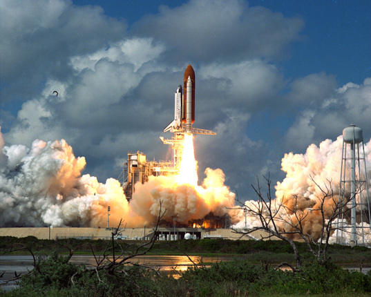 Liftoff of Discovery, STS-26