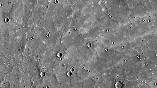 Mercury's northern volcanic plains