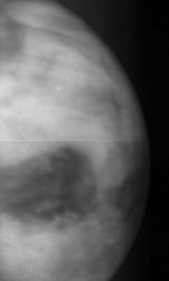 Akatsuki sees Venus' surface at 1 micron