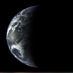MESSENGER's receding view of Earth (full movie)