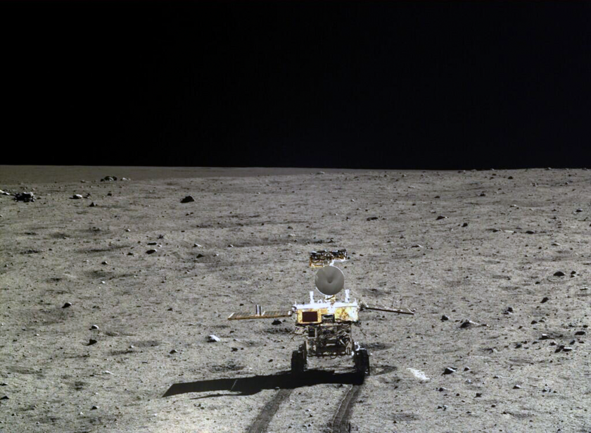 Yutu begins her lunar journey