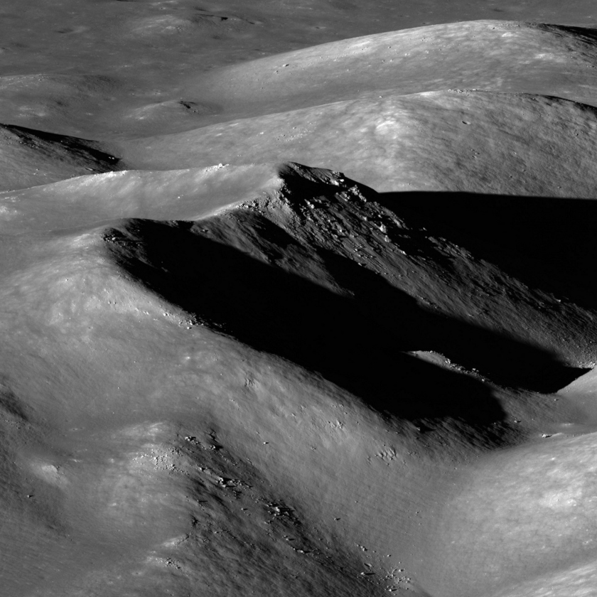 Hausen Crater Central Peaks - Detail