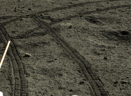 Yutu rover tracks