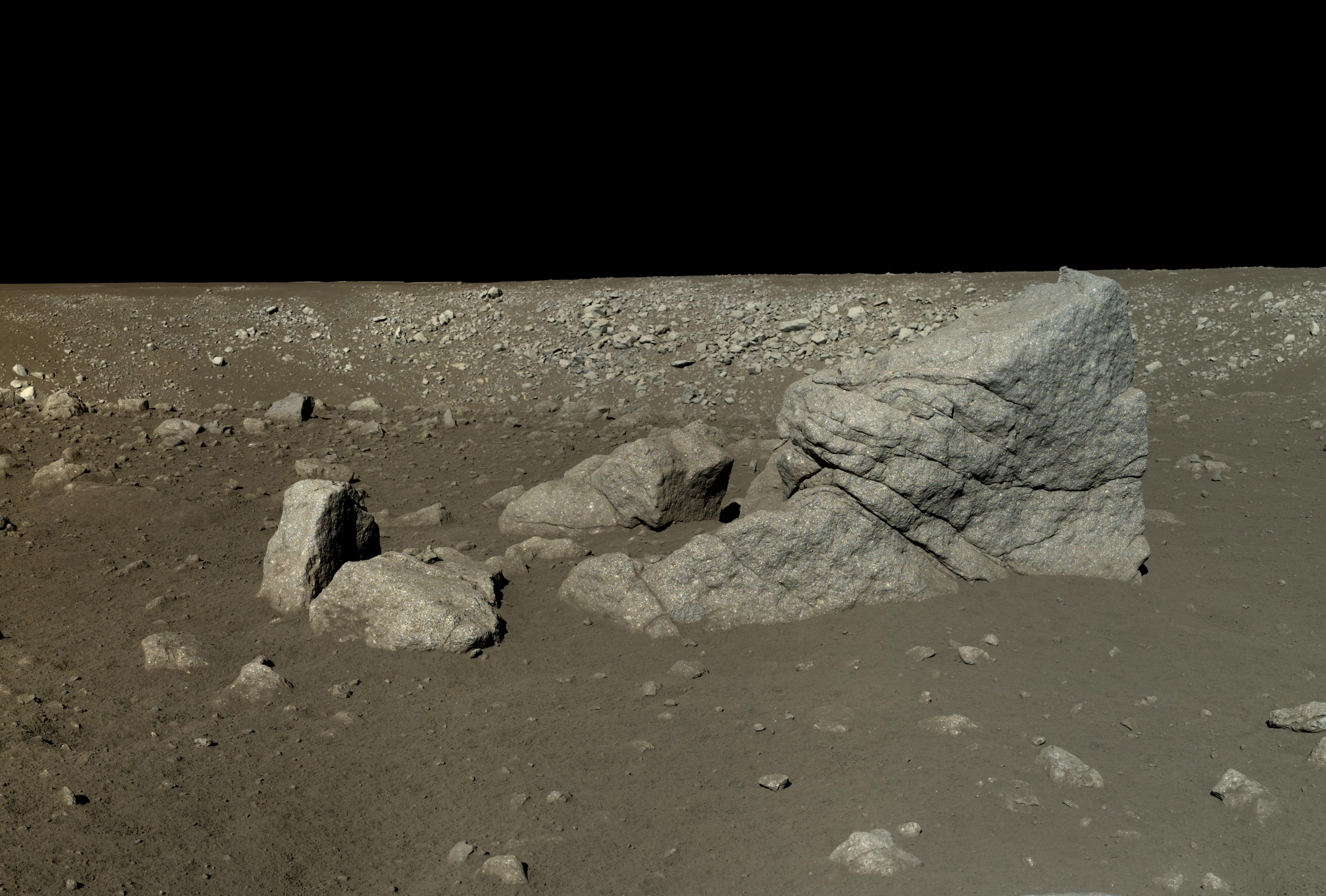 Yutu rover view of Pyramid Rock (Long Yan)   The Planetary ...