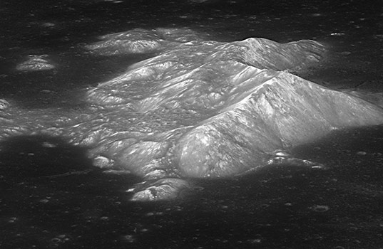 Central peak of Tsiolkovsky crater oblique view