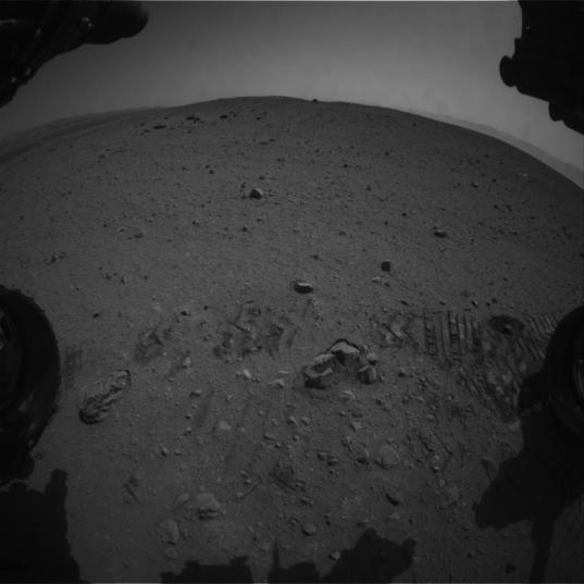 Curiosity forward Hazcam view, sol 29
