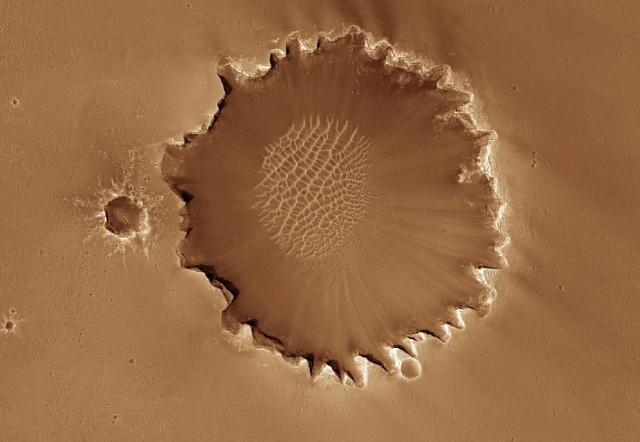 Santa Maria vs Victoria Crater