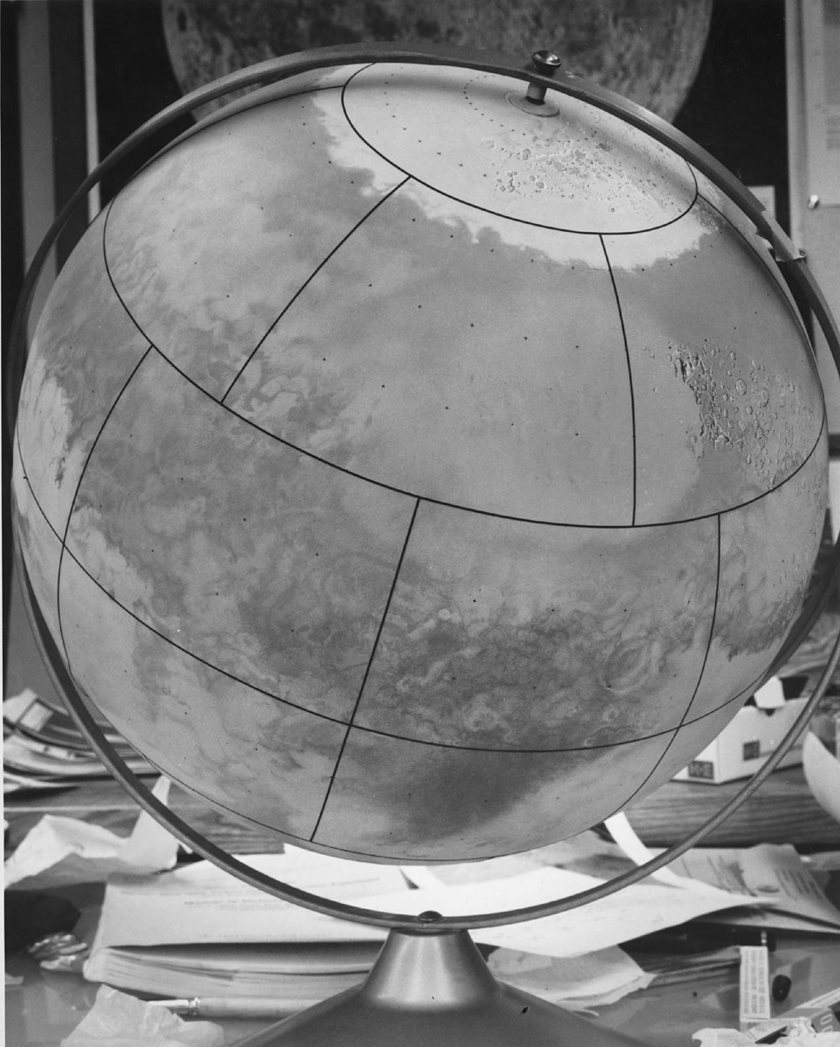 Don Davis' Mariner Mars globe (Hellas side)
