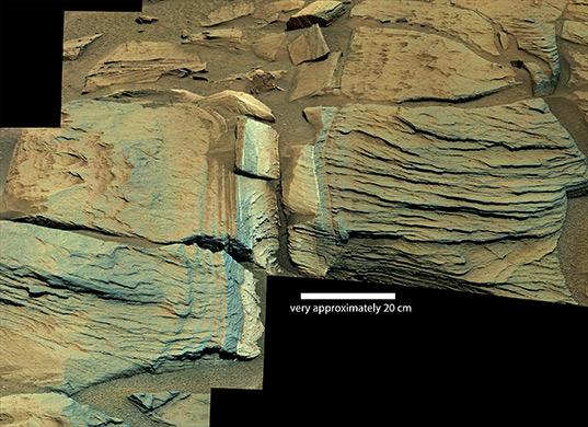 Outcrop near Jubilee Pass, Curiosity sol 747