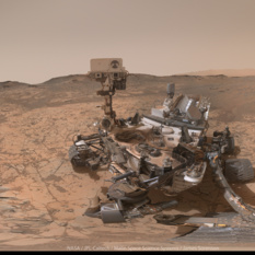 Curiosity self-portrait at Pahrump Hills, sol 868-884