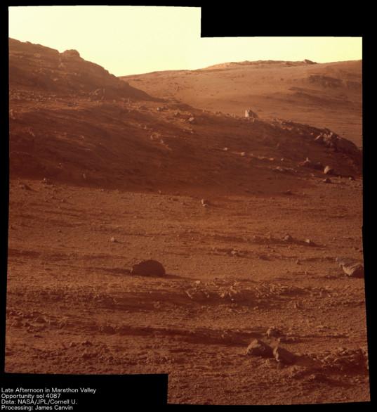 Opportunity Sol 4087: Afternoon in Marathon Valley