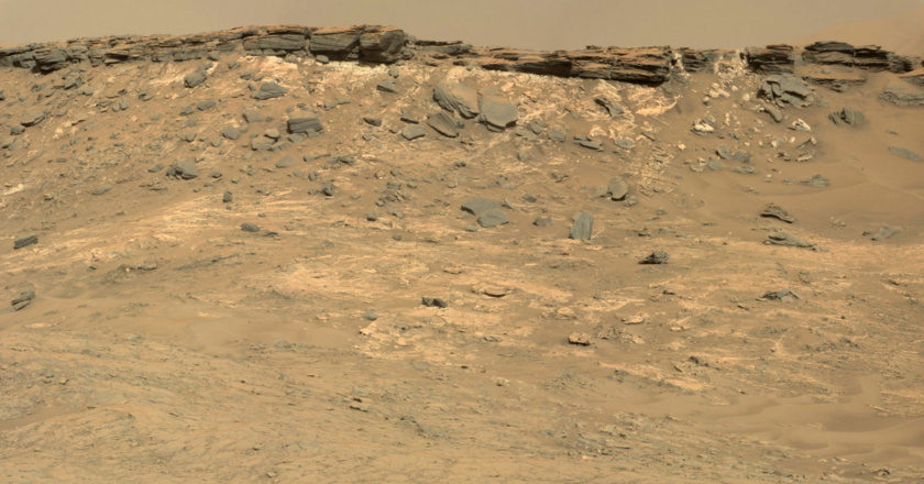 Eastern edge of the Naukluft plateau, sol 1267