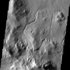Channels on the rim of a martian crater