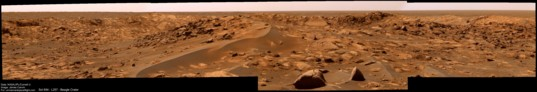 Dunes and boulders near Beagle Crater