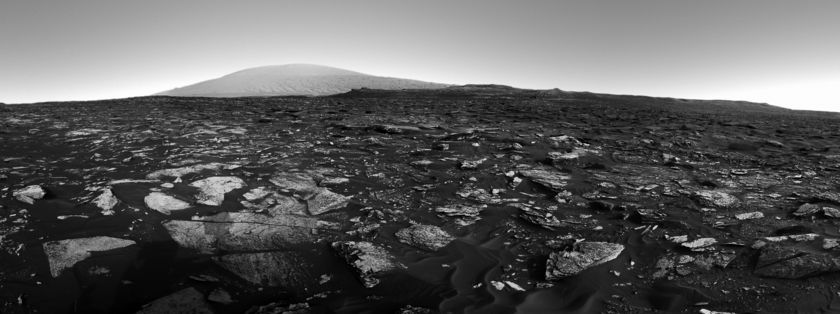Curiosity's forward view on sol 1698