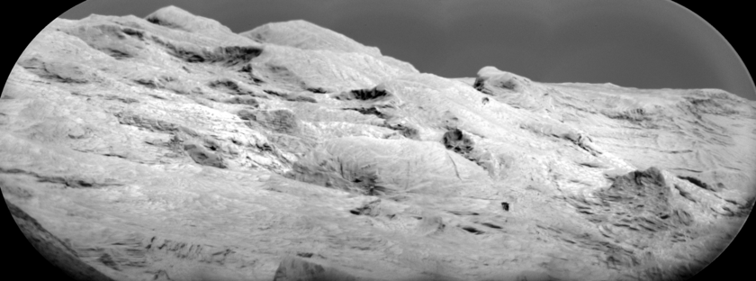 ChemCam RMI panorama of the distant Mt. Sharp yardangs, sol 1998