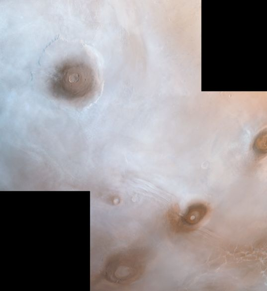 Viking Orbiter view of the northwestern Tharsis plateau