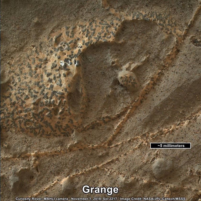 Grange, a target with mineral crystals, Curiosity sol 2217