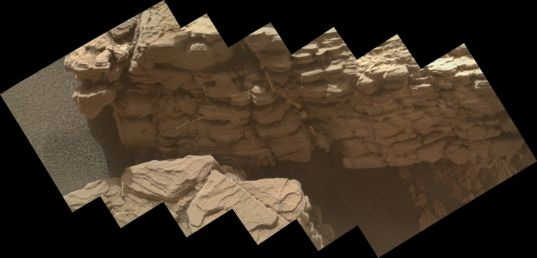Fife outcrop, Curiosity sol 2339