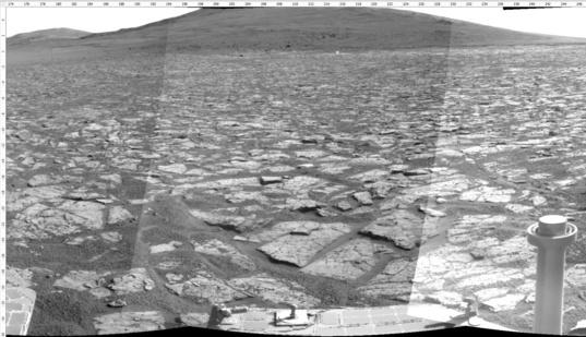 Sol 3385 Navcam view