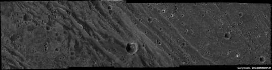 High-resolution mosaic of Ganymede's Harpagia Sulcus region from Galileo