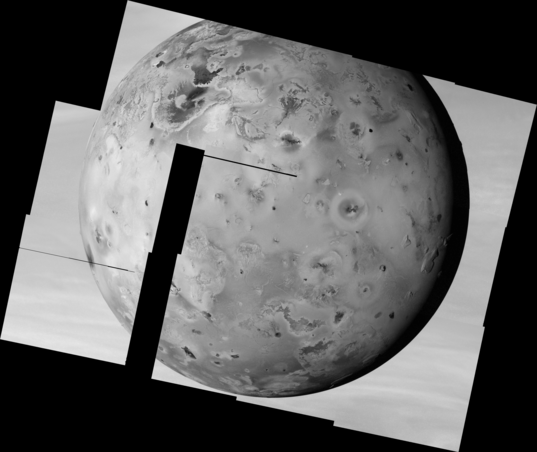 Io mosaic from Galileo's I24 Flyby