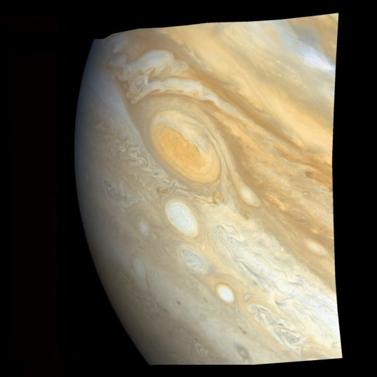 Great Red Spot and white ovals from Voyager 1