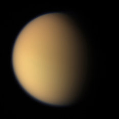 Titan in natural color, 17 April 2005