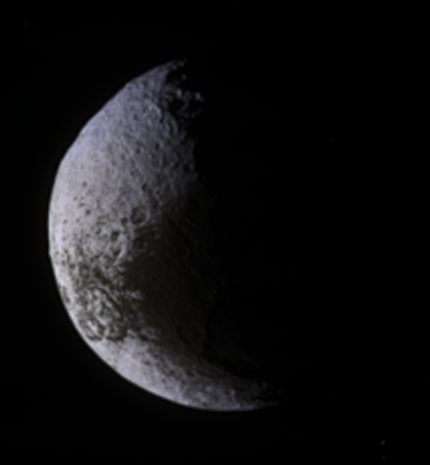 Distant View of a Crescent Iapetus, September 2009